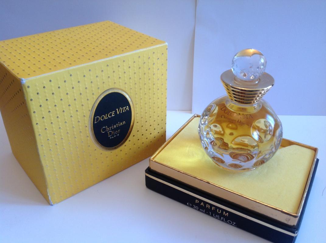 Парфюмерия для осени года парфюмерия, которая может измениться из-за запрета некоторых ингредиентов органами европейского союза.